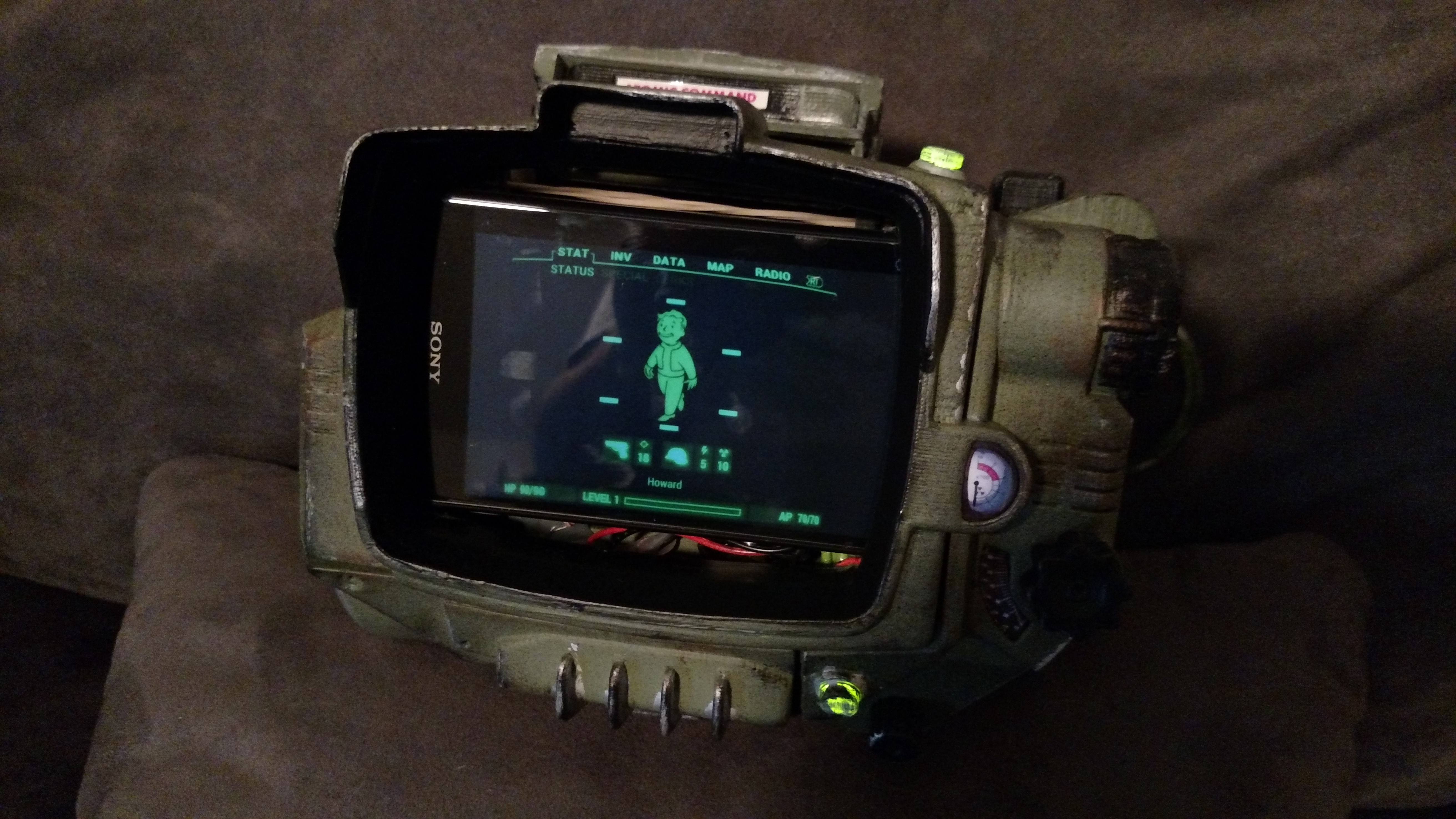 The Wand Company Fallout Pip-Boy 2000 Mk VI Kit | Zavvi.nl | 2952x5248