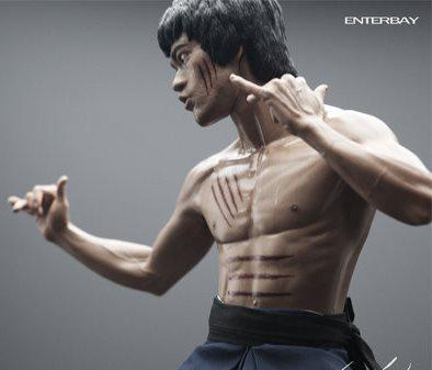 Enterbays-Bruce-Lee-Figure.jpg